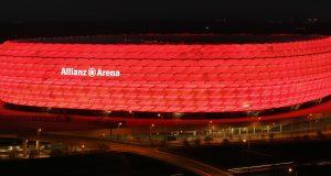 Allianz_arena_at_night_Richard_Bartz