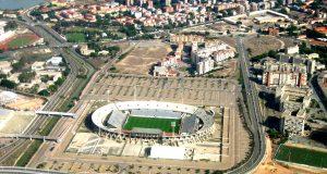 Stadio_Sant'Elia_-Cagliari_-Italy-23Oct2008 (1)