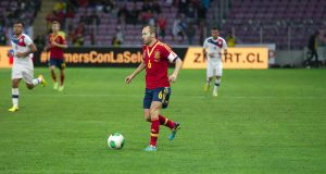 Spain_-_Chile_-_10-09-2013_-_Geneva_-_Andres_Iniesta_10
