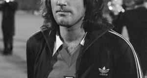 Nederland tegen Noord Ierland ; George Best , kop *13 oktober 1976