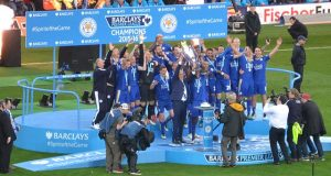 lcfc_lift_the_premier_league_trophy_26943755296_cropped